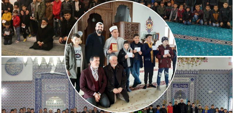 Kahramanmaraş'ta namazlarını 5 vakit camide kılan 345 çocuk ödüllendirildi-Haberler.com